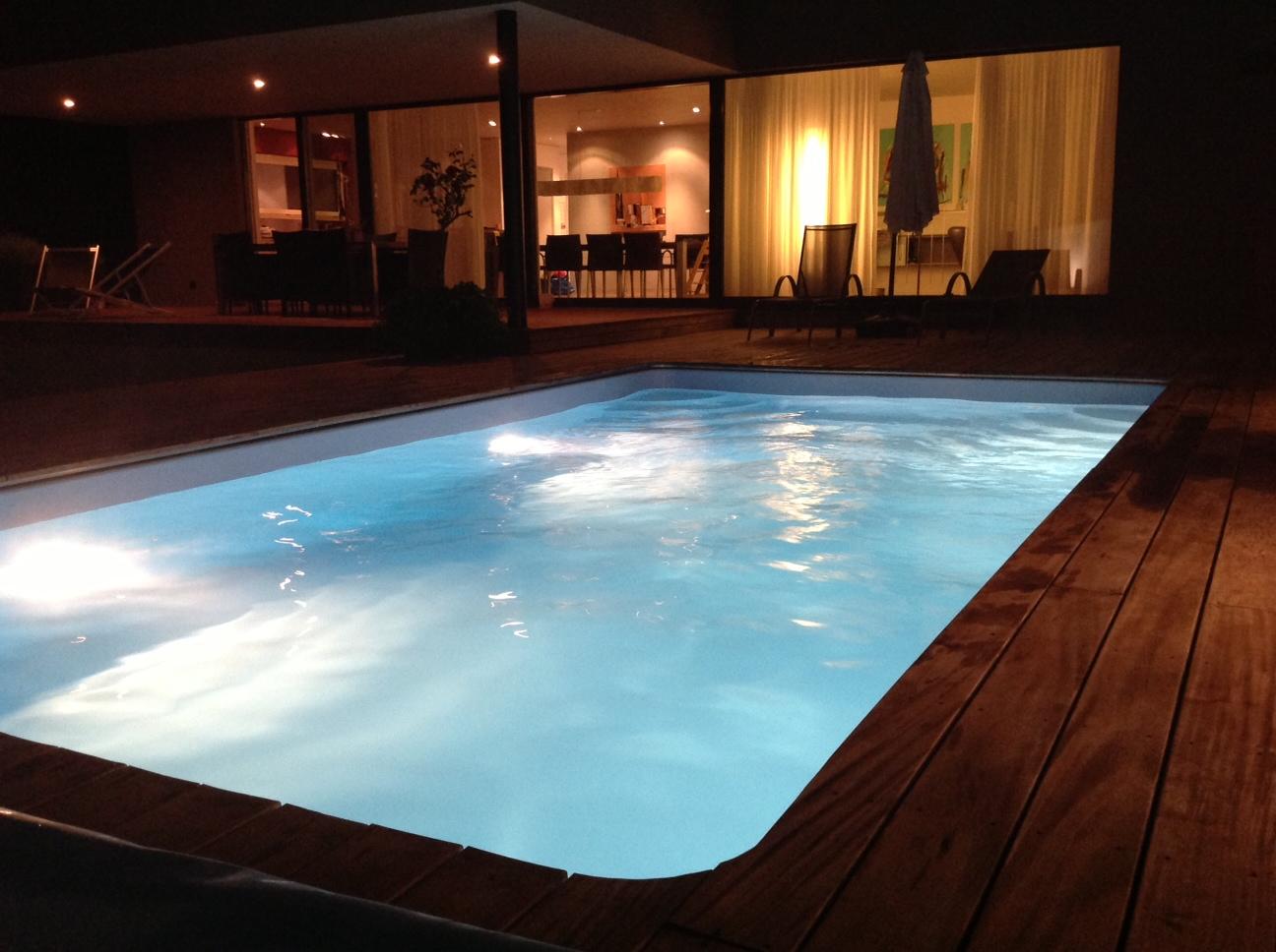 Schwimmbecken for Garten pool wasserpflege