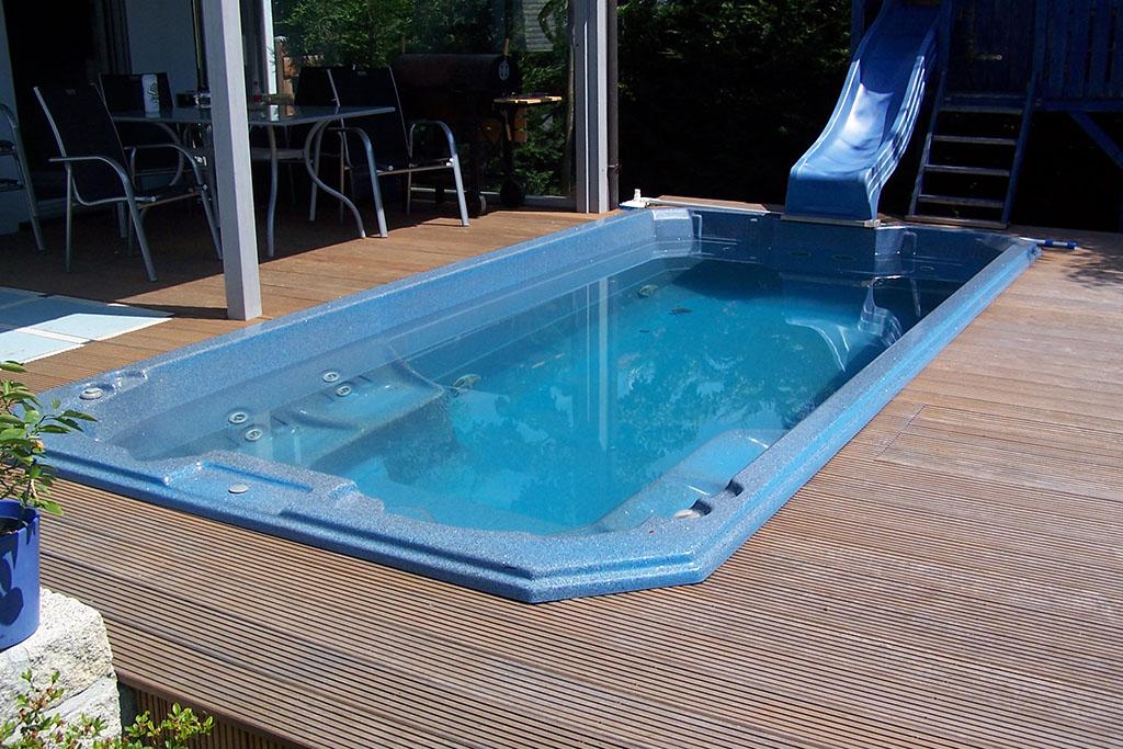 Pool rutsche kaufen schwimmbad rutsche mit wasseranschlu - Pool mit rutsche ...